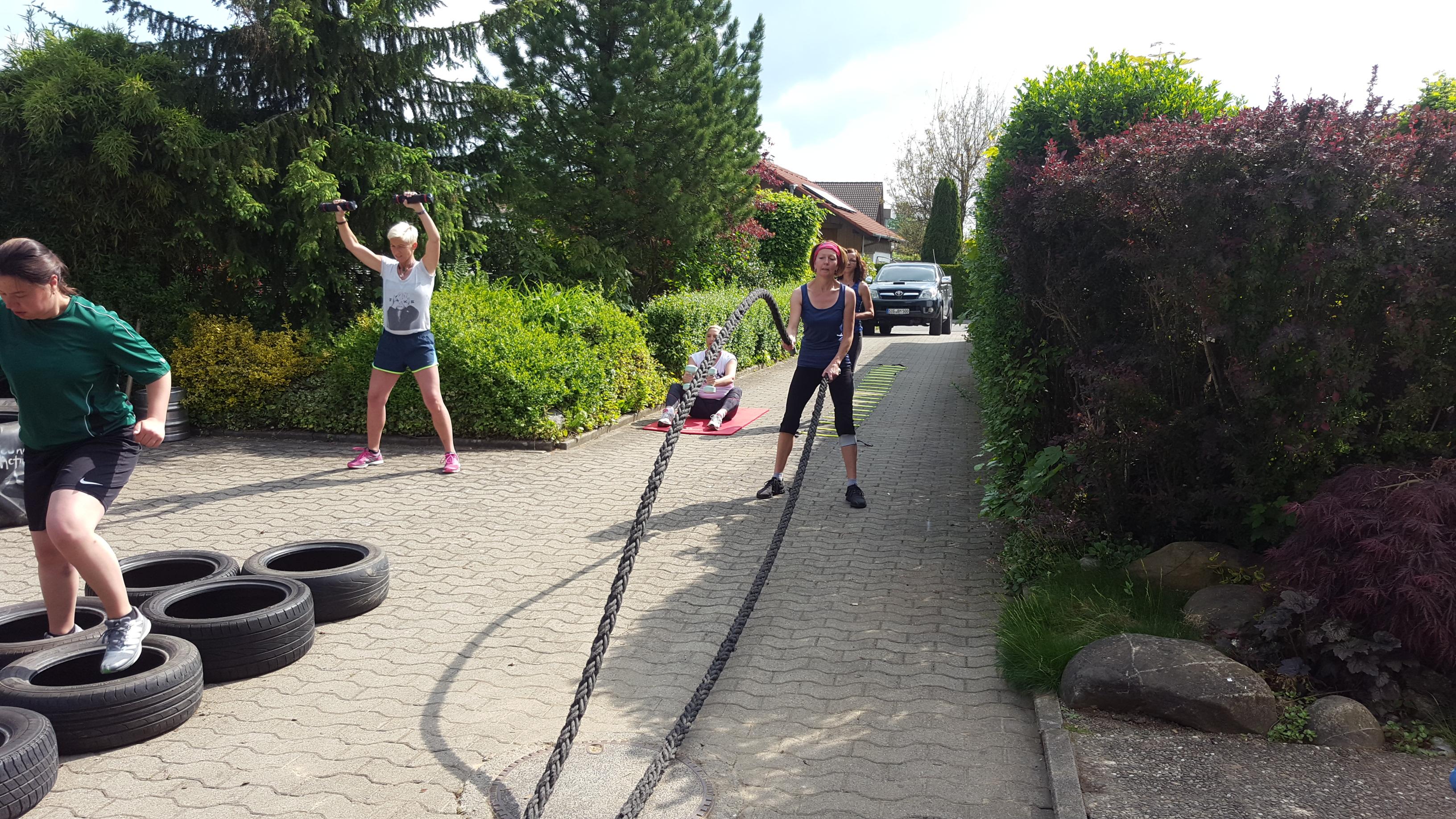 Sport gemeinsam mit anderen beim Group Fitness macht viel Spaß